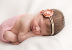 newborn photography Megan Schiraldi Photography Orange COunty NY Child and family photographer