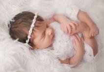 megan schiraldi photography newborn photography orange county ny hudson valley newborn photographer